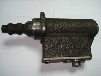 Главный тормозной цилиндр для автогрейдера